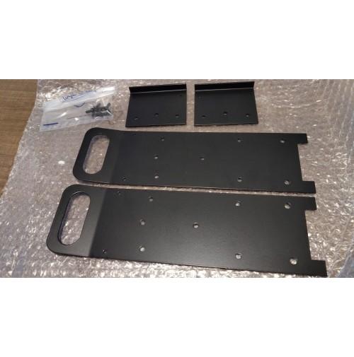 ICOM IC-7300 MANIGLIE WIMO - COME NUOVE Peso: circa 1 kgDimensioni: 34 x 12 x 2 cm