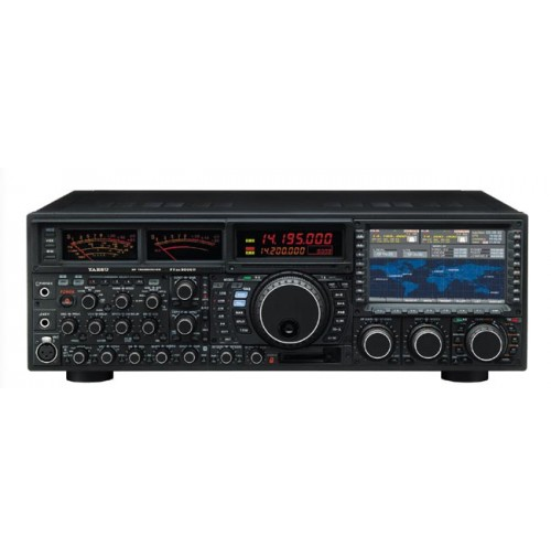 YAESU FT9000D -  RTX HF + 50 MHZ 220VOLT - 200W CON DMU - PEP9000